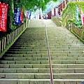 15青岸渡寺往本堂石階.jpg