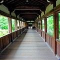 17清涼寺渡廊下.jpg