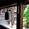 18清涼寺渡廊下之鐘.jpg