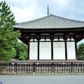 8興福寺東金堂側面.jpg