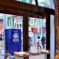 4神戶patisserie gregory collet望窗外元町商店街.jpg