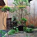 14鍵善良房小庭園.jpg