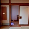 19綠水亭客室溫泉入口.jpg