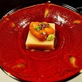 32綠水亭晚餐先付胡麻豆腐.jpg