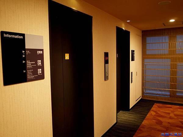 7和歌山Dormy Inn 電梯口.jpg