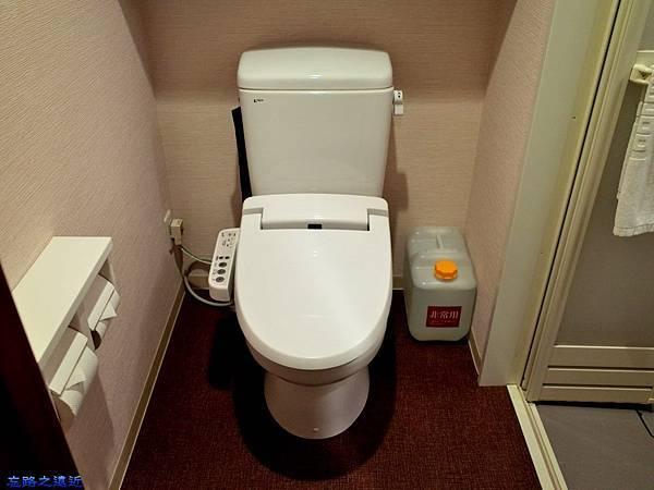 16和歌山Dormy Inn 廁所.jpg
