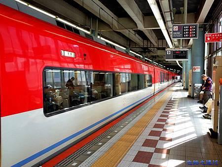 12近鉄上本町站特急列車
