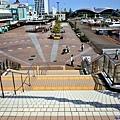 12名古屋港水族館階梯望下.jpg