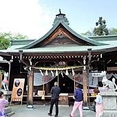 8三光稻荷神社社殿.jpg
