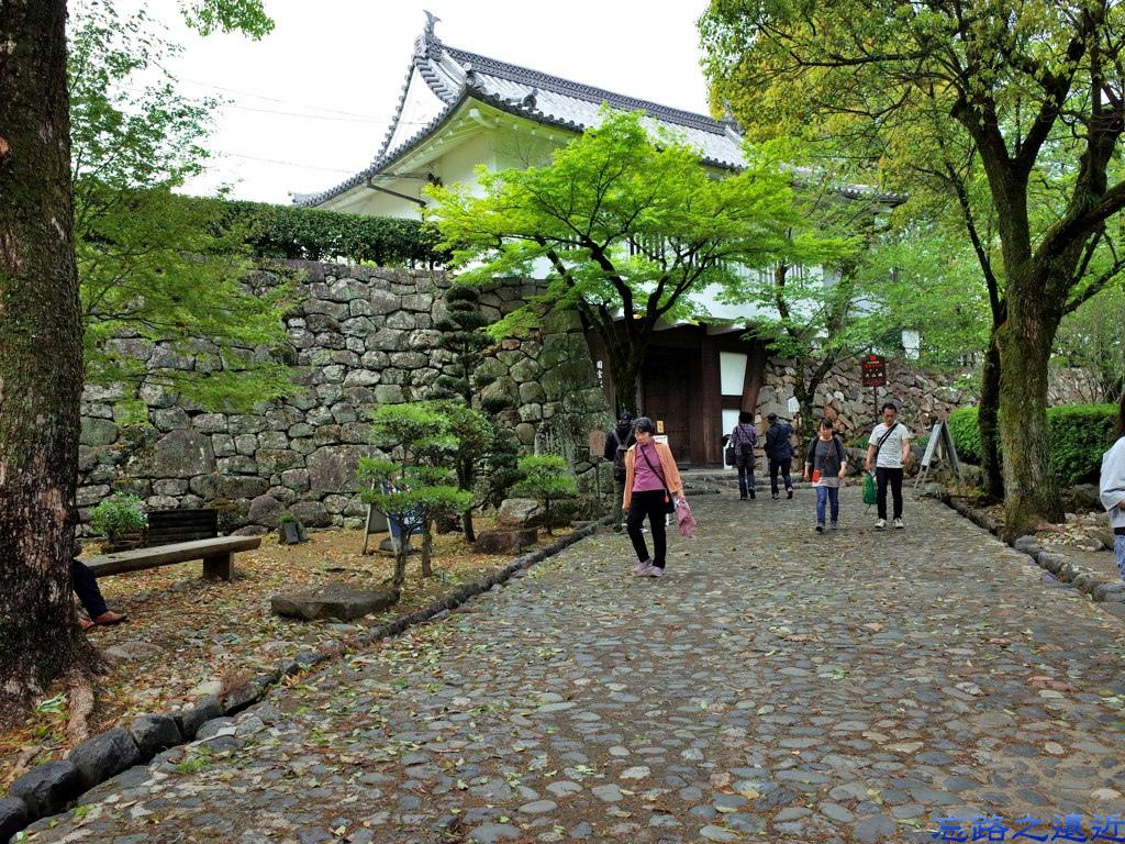 3犬山城入口.jpg