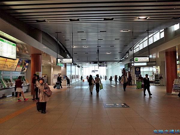 4松本站東口往西口方向.jpg