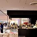 2大阪なんばCITY Shakers Cafelounge.jpg