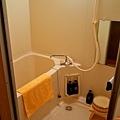 20大町溫泉織花房間浴室.jpg