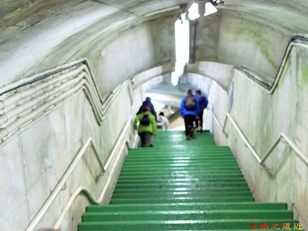 5黑部階梯通道往展望台.jpg