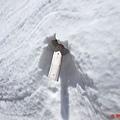 35黑部立山雪之大谷雪壁排水管.jpg