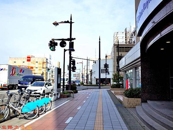 2富山Daiwa Roynet外面街道.jpg