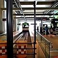 17富山站前地鐵電車.jpg