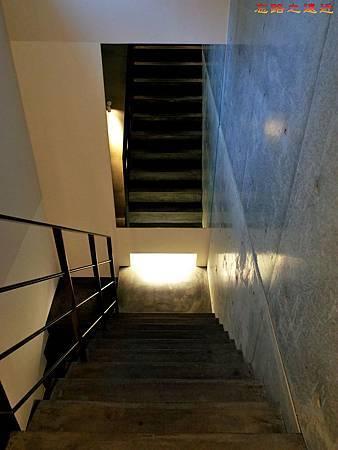 51無何有黃蘗樓梯-2