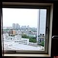 16武藏小杉Richmond Hotel 書桌前窗.jpg