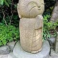 31長谷寺小和尚雕像.jpg