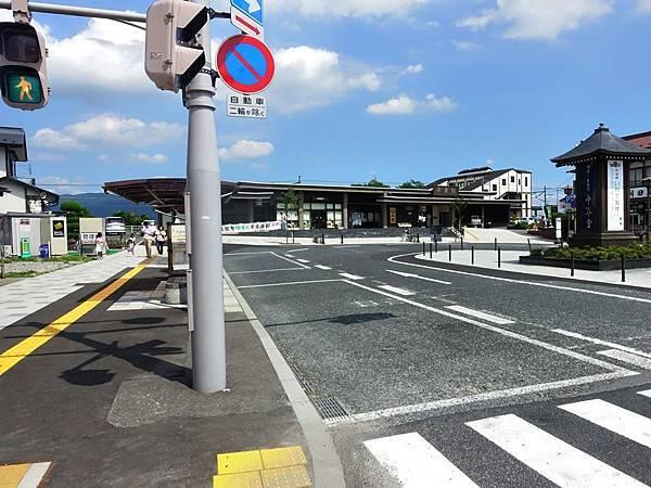 51JR平泉站前