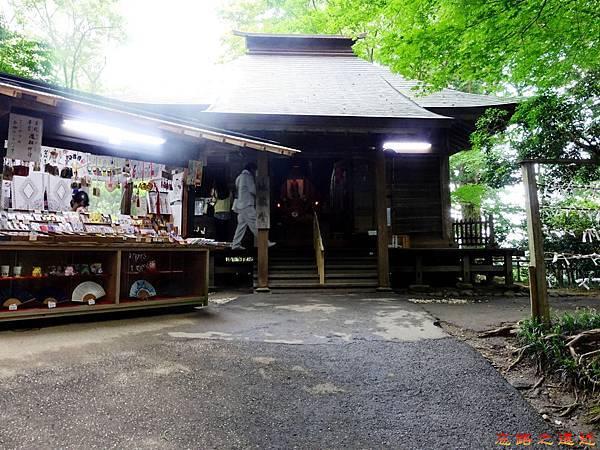 7中尊寺地藏堂.jpg