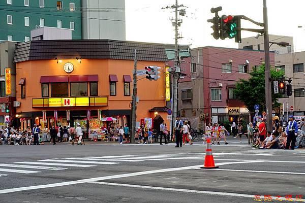 2016青森睡魔祭2super Hotel前.jpg