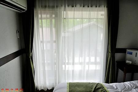 20城倉旅館房間陽台窗戶-1.jpg