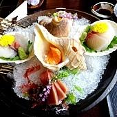 41城倉旅館晚餐-生魚片.jpg