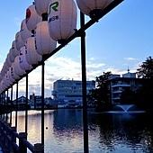 29千秋公園穴門堀燈籠.jpg