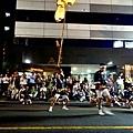 14竿燈祭舉燈-平手.jpg