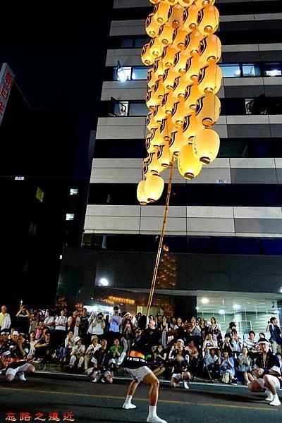 15竿燈祭舉燈-額舉.jpg
