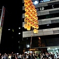 16竿燈祭舉燈-肩舉.jpg