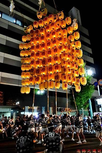 31竿燈祭第二段五燈連舉.jpg