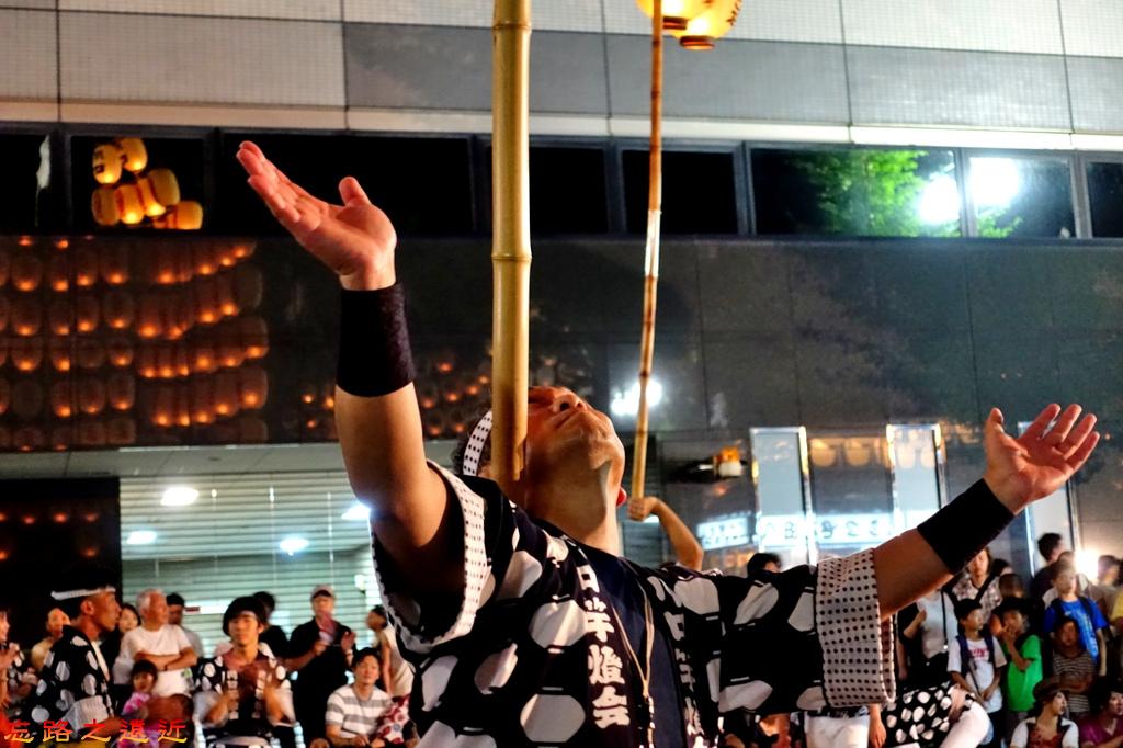32竿燈祭舉燈職人-1.jpg