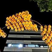 37竿燈祭燈彎腰-3.jpg