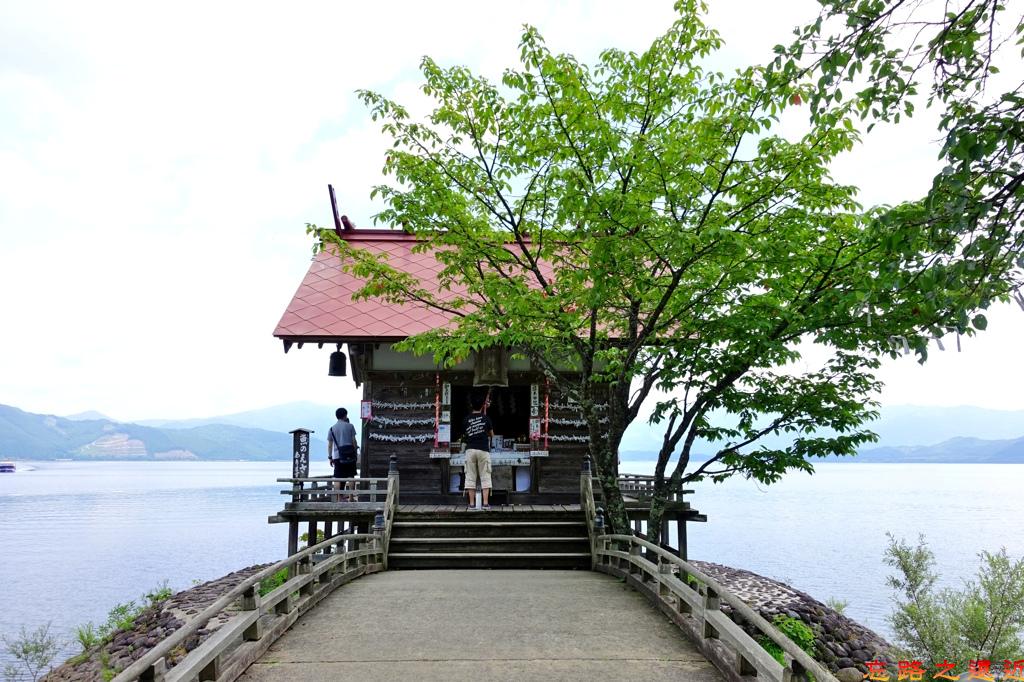 14田澤湖浮木神社-1.jpg