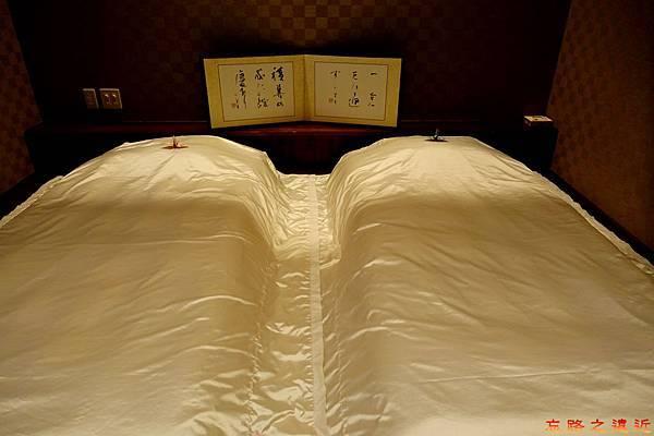 31都わすれ房間臥室-床.jpg
