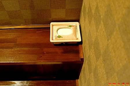 34都わすれ房間臥室-面紙盒.jpg