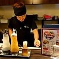 17京都 ホルモン梅しん吧檯料理.jpg