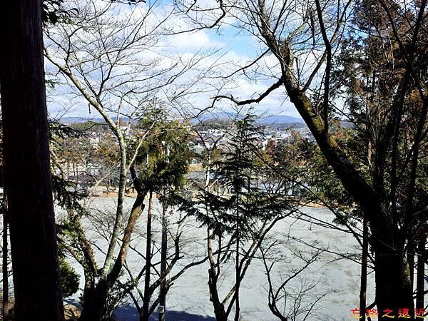 52吉備津彥神社高處望備前一宮市區.jpg