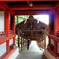34吉備津神社迴廊南隨神門.jpg