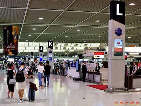 32成田機場第二航站櫃台-1.jpg