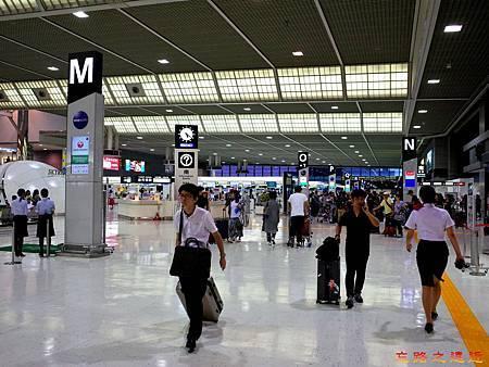 33成田機場第二航站櫃台-2.jpg