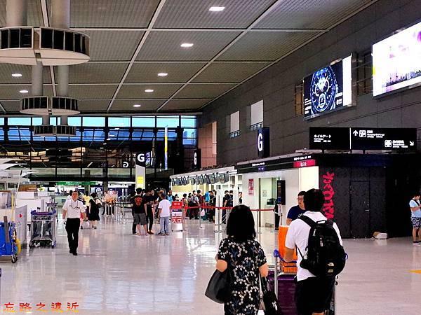 34成田機場第二航站櫃台-3.jpg