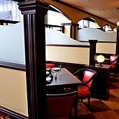40一井餐廳-季味の浪漫開放空間座席.jpg