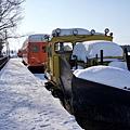 22幸福車站除雪車與橘色車廂.jpg