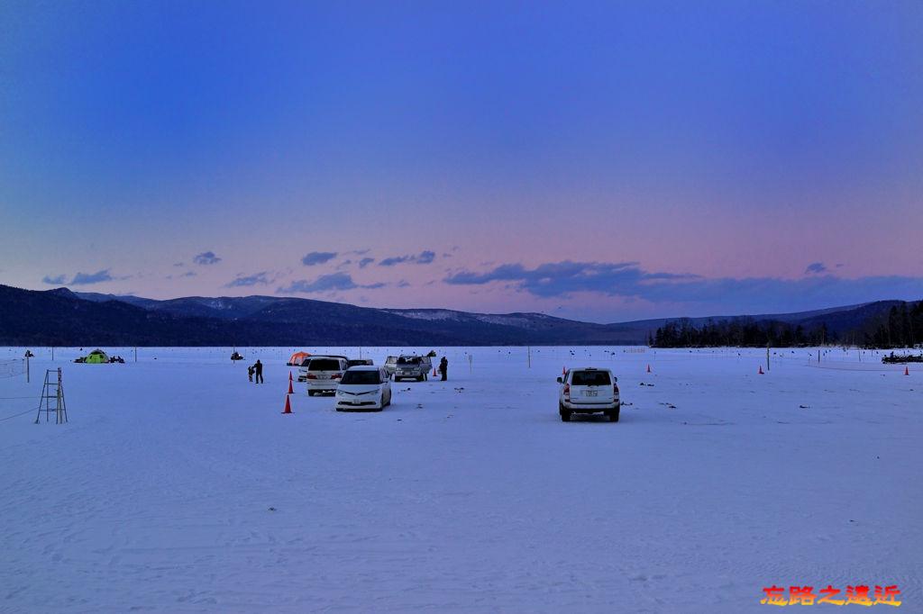 22阿寒湖冰上活動吊公魚-1.jpg