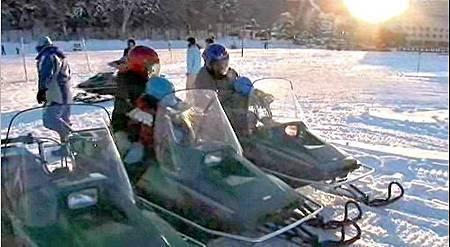 阿寒湖冰上摩托車單人-1