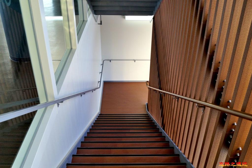 23都山流冰館往二樓樓梯.jpg